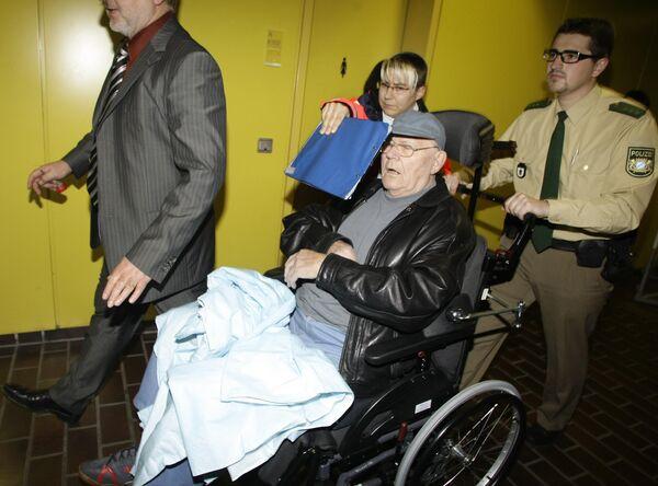 Состояние Демьянюка позволяет ему предстать перед судом - прокуратура