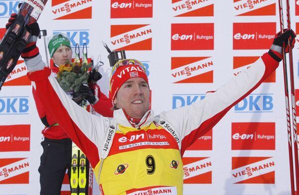 Норвежский биатлонист Эмиль-Хегле Свенсен