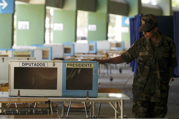 Президентские и парламентские выборы проходят в Чили