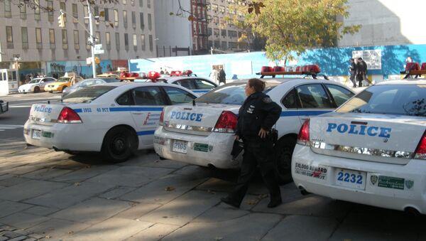 Автомобили полицейского управления Нью-Йорка на Манхэттене