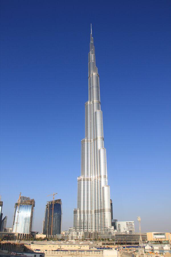 Дубай небоскреб самый высокий купить квартиру за границей недорого у моря