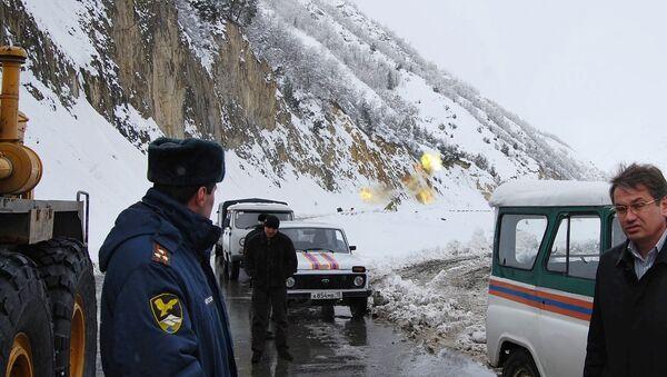 Движение по Транскавказской автомагистрали остановлено