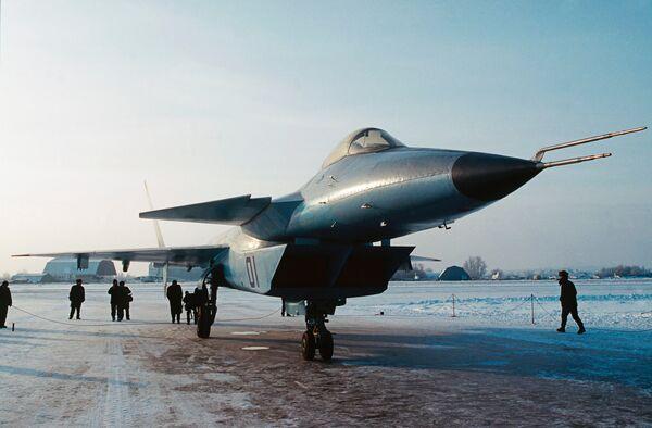 Предшественник Истребителя пятого поколения под условным названием Проект  I-42. Архив