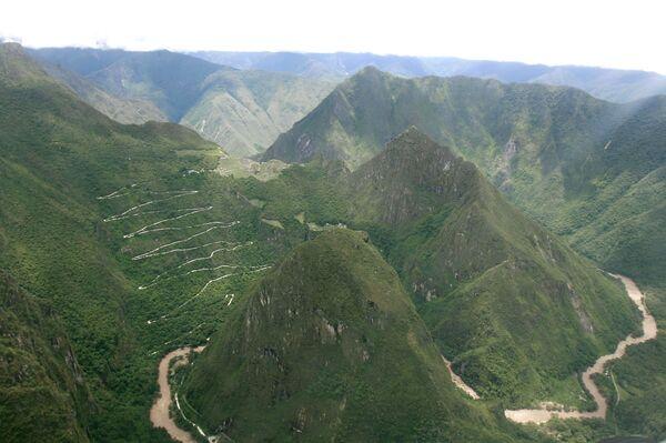 Вид с воздуха на Мачу-Пикчу в Перу после наводнения