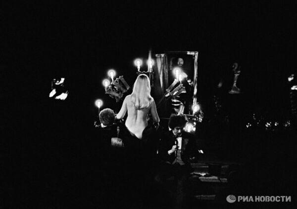 Спектакль Мастер и Маргарита русского писателя и драматурга Михаила Афанасьевича Булгакова
