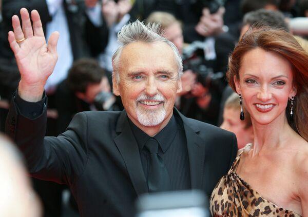 Американский актер Деннис Хоппер с женой Викторией