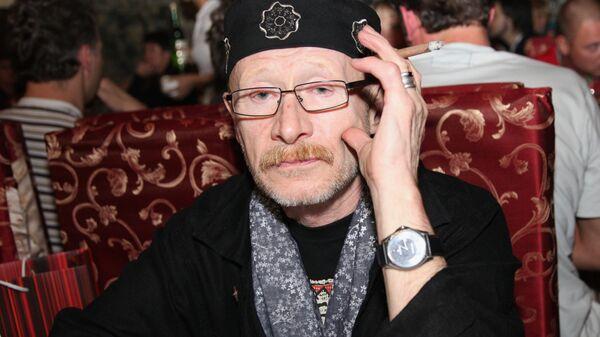 Актер Виктор Проскурин
