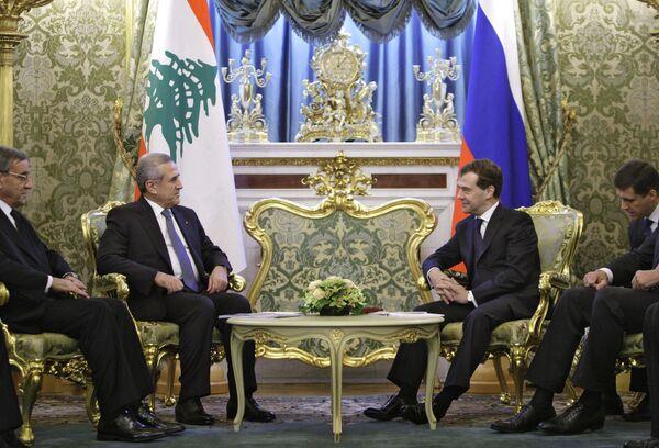 Президенты России и Ливана Д.Медведев и М.Сулейман на встрече в Кремле