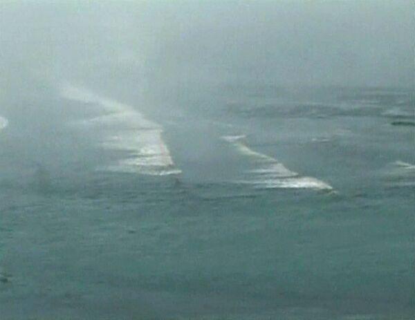 Волна цунами в Тихом океане после землетрясения в Чили