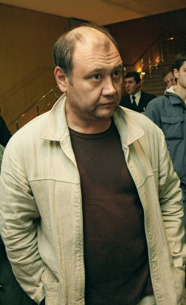 Актер Юрий Степанов