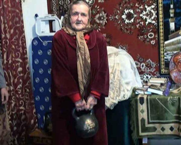 Самая сильная в мире бабушка