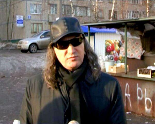 Президент Чувашии надел очки и парик для похода на рынок