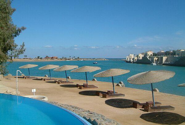 Пляж египетского курорта Эль-Гуна