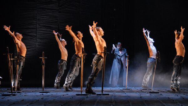 Сцена из спектакля Макбет. Театр Красный факел, Новосибирск