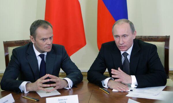 Владимир Путин и Дональд Туск. Архив