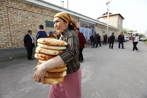 Жизнь в киргизском селе. Архив