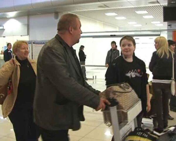 Россияне вернулись из Пекина в Екатеринбург с опозданием на сутки