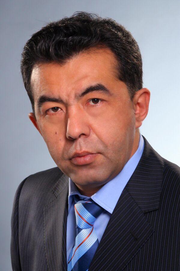 Нур Омаров