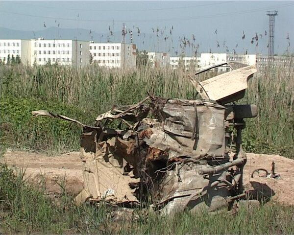 Взрыв автомобиля у воинской части в Каспийске