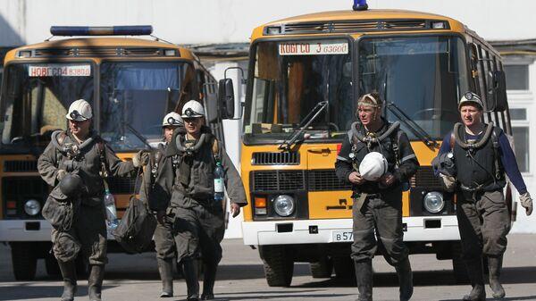 Спасатели отряда ВГСЧ на шахте Распадская в Кемеровской области