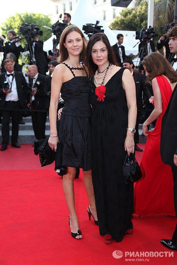 Екатерина Андреева (справа) на 63-м Международном Каннском кинофестивале во Франции