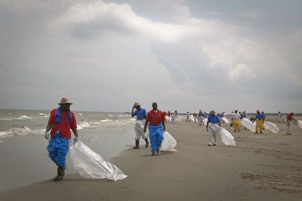 Преодоление последствий разлива нефти на побережье Мексиканского залива в США