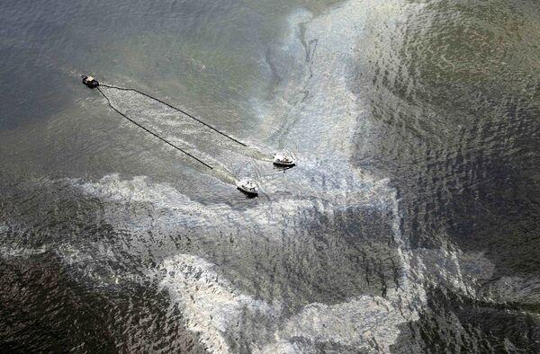 Ликвидация последствий утечки нефти в Мексиканском заливе