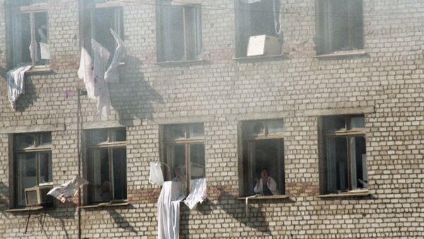 Заложники в больнице города Буденновска. Архивное фото