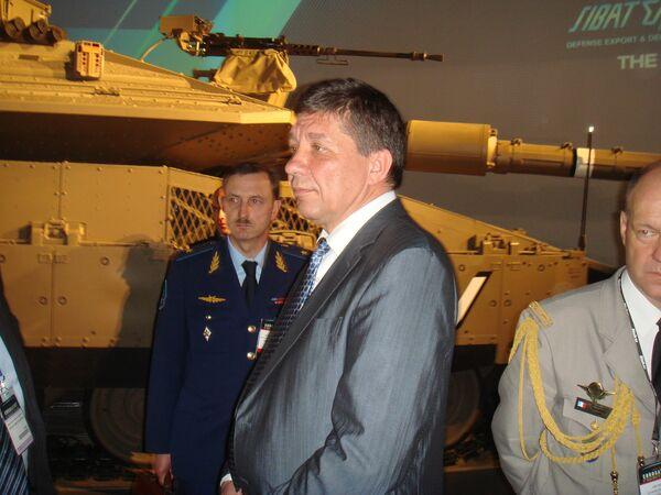 Владимир Поповкин на выставке Eurosatory в Париже
