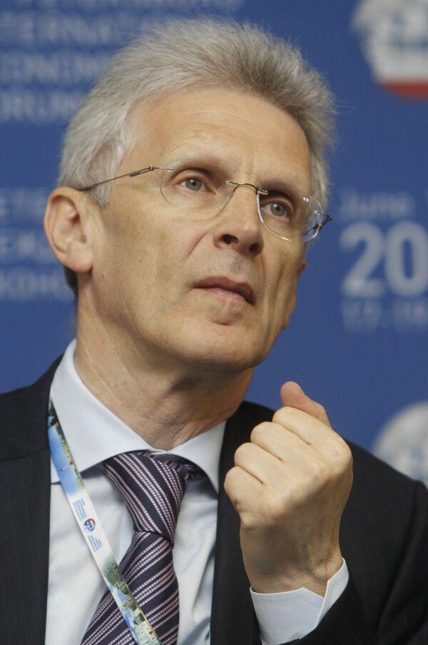 Панельная сессия Образование в России: сможет ли российское образование стать глобально конкурентоспособным?