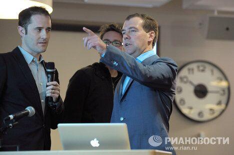 Дмитрий Медведев посетил штаб-квартиру компании Twitter