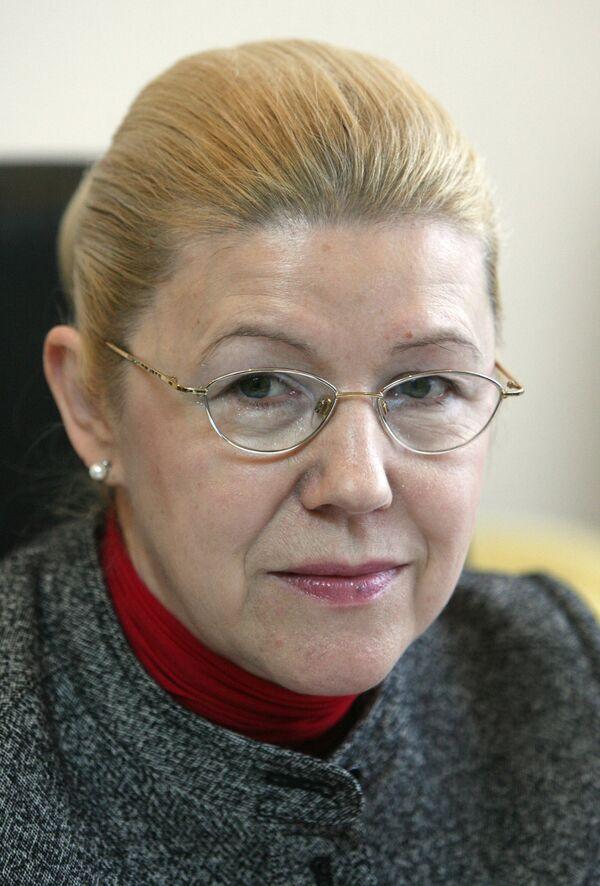 Председатель комитета  по делам женщин, семьи и детей Е. Мизулина
