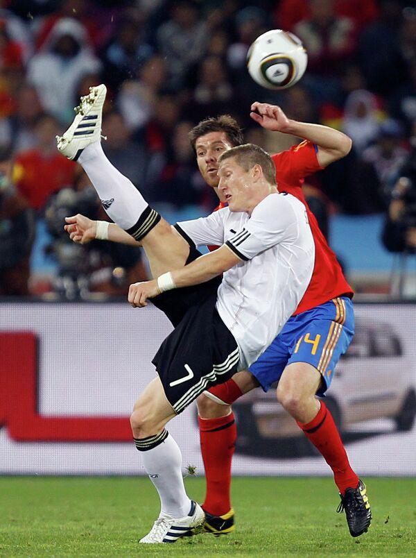 Игровой момент матча Германия - Испания