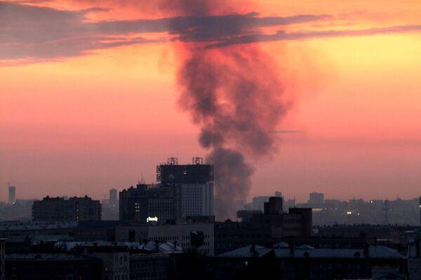 Пожар в плавучем ресторане на Москве-реке