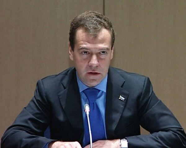Медведев: Мы убедились в надежности германских партнеров