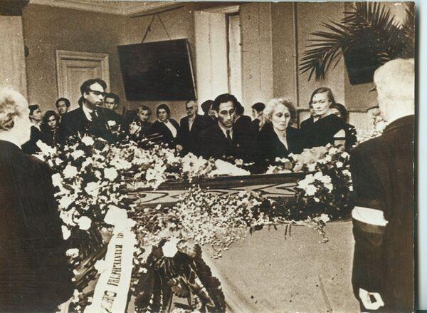 Похороны Михаила Зощенко