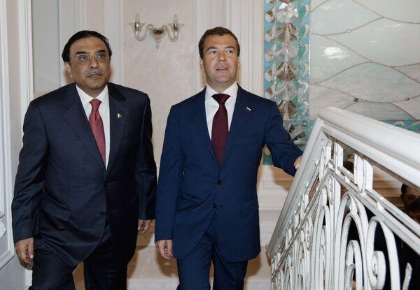 Президент РФ Дмитрий Медведев встретился с Асифом Али Зардари