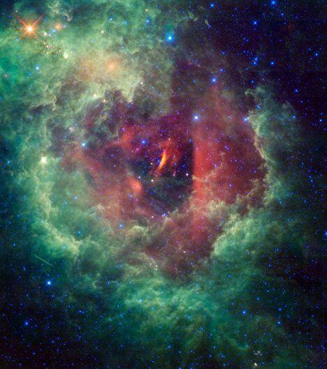 Туманность Розетка «глазами» телескопа WISE
