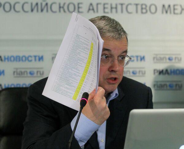 Ректор ГУ-ВШЭ, председатель комиссии Общественной палаты РФ по развитию образования Ярослав Кузьминов