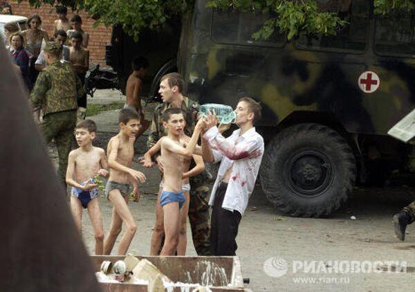 Спасенные заложники, пострадавшие во время теракта в г.Беслане