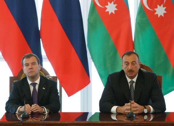 Совместная пресс-конференция президента РФ Дмитрия Медведева и президента Азербайджана Ильхама Алиева
