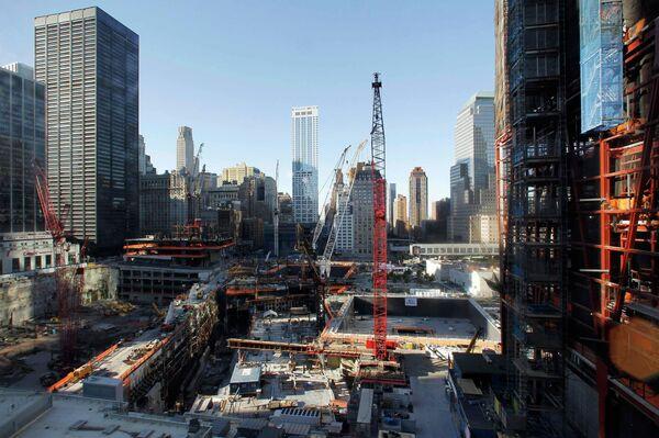 На месте Всемирного торгового центра в Нью-Йорке в годовщину теракта 11 сентября