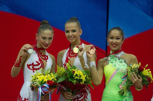 Дарья Кондакова, Дарья Дмитриева, Алия Гараева (слева направо)