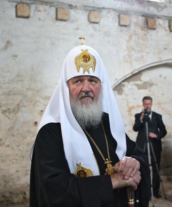 Патриарх посетил здание бывшей кирхи Арнау в Калининграде