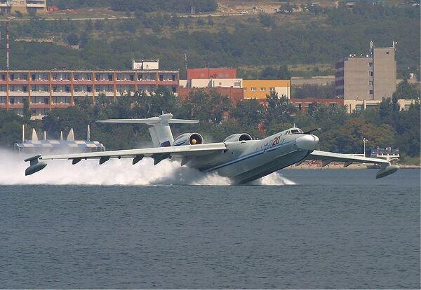 Многоцелевой самолёт-амфибияА-40 «Альбатрос»