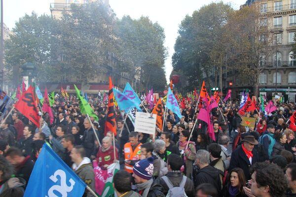 Демонстрация в Париже 28 октября 2010 г.