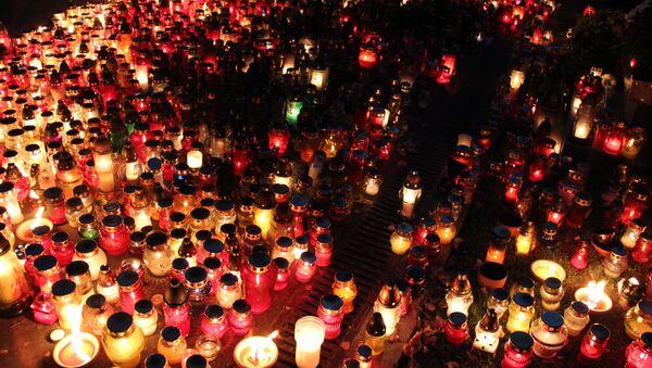 Празднование Дня Всех Святых в Польше 1-2 ноября