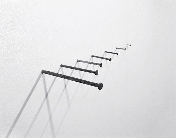 Мартин Крид. Work № 701. Работа представлена на выставке Числа в Московском Музее Современного Искусства