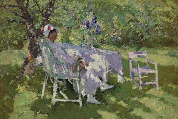 Константин Коровин, Девушка в белом, сидящая в саду, ок. 1915 г.