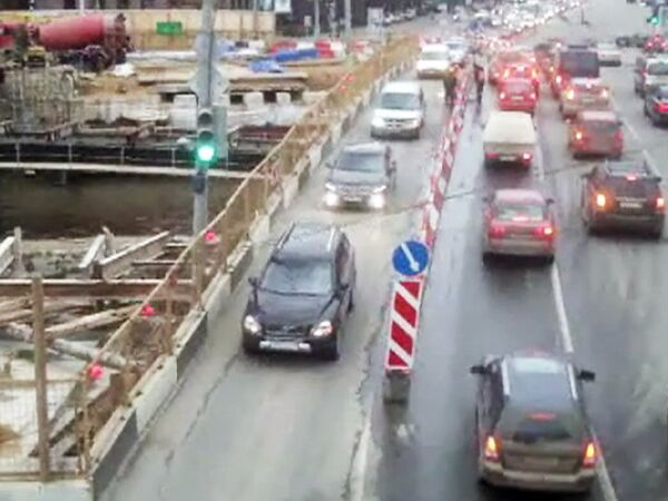 Сложные дорожные развязки Москвы: Смоленская площадь, Малый Устьинский мост